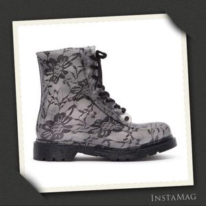 G.SIX Black Lace Translucent Lace-Up Rain Boots